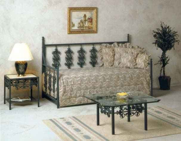 Wrought Iron Day Beds By Grace