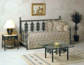 Rose wrought iron day bed